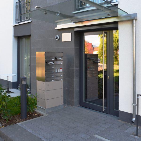 Wasserrinne Briefkasten Schlosserei Vordach Verglast